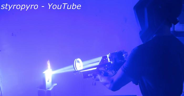 US: Hobbyist builds 200-watt portable laser from scrap parts